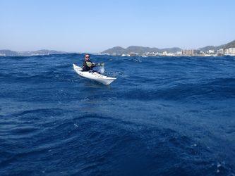 リハビリ漕ぎには、もってこいの海だった。