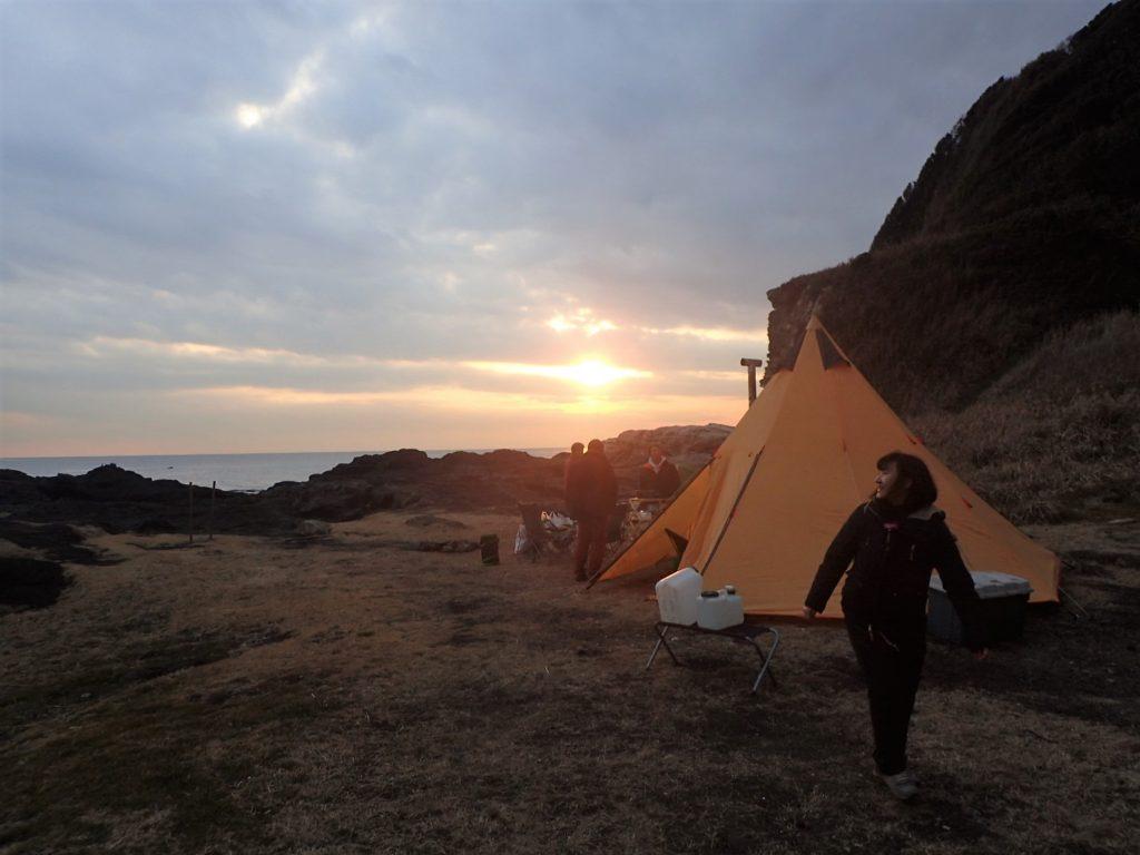 漕いで焚いて冬キャンプ。